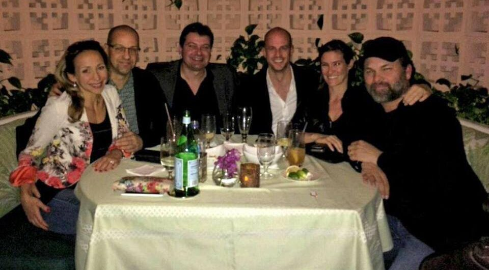 Réunion à Los Angele. Dans l'ordre: Karine Lamarre Fortin, Marc-Éric Fortin, Investisseur, Mathieu Carignan, Geneviève Cloutier Gagnon, Jean-Francois Gagnon.